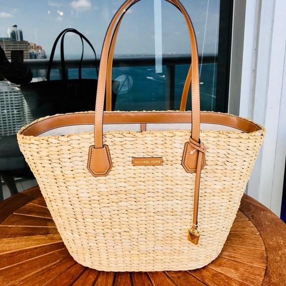 09841ded83a0 Michael Kors Bags | Nwt New Malibu Woven Straw Tote | Poshmark